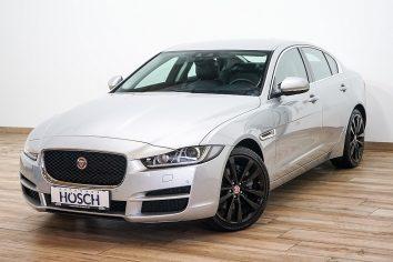 Jaguar XE Prestige 20d AWD Aut. Xenon/Navi/18Zoll/ ++ LP 58.849,-€ bei Autohaus Hösch GmbH in Pasching Point 9<br />4061 Pasching