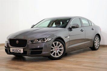 Jaguar XE Pure 2.0d Aut. Xenon/Navi++ LP 45.427,-€ bei Autohaus Hösch – Jahreswagen und Tageszulassungen zum besten Preis in Pasching Point 9<br />4061 Pasching