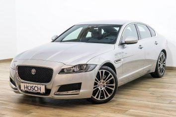 Jaguar XF 20d Portfolio Aut. Navi/Leder/Meridian++ LP 65.310,-€ bei Autohaus Hösch – Jahreswagen und Tageszulassungen zum besten Preis in Pasching Point 9<br />4061 Pasching