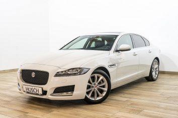 Jaguar XF Prestige Aut. LED/Pano/Navi/++ LP: 60.293.-€ bei Autohaus Hösch GmbH in