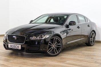 Jaguar XE Prestige Aut. ACC/Pano/Navi++ LP 56.598,-€ bei Autohaus Hösch GmbH in