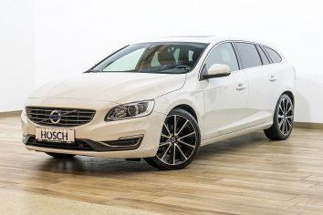 Volvo V60 D4 Momentum Aut. VOLL LP:56.690 .-€ bei Autohaus Hösch GmbH in