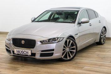 Jaguar XE Portfolio 2.0d Aut. Pano/Meridian/NaviPro/++ LP: 69.905,-€ bei Autohaus Hösch GmbH in