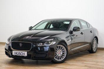 Jaguar XE Prestige Aut. VOLL  LP 56.598,-€ bei Autohaus Hösch GmbH in