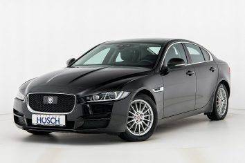 Jaguar XE Prestige Aut.  LP: 60.459,-€ bei Autohaus Hösch GmbH in