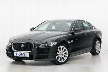 Jaguar XE 20d Pure Aut. LP: 45.166.-€ bei Autohaus Hösch GmbH in