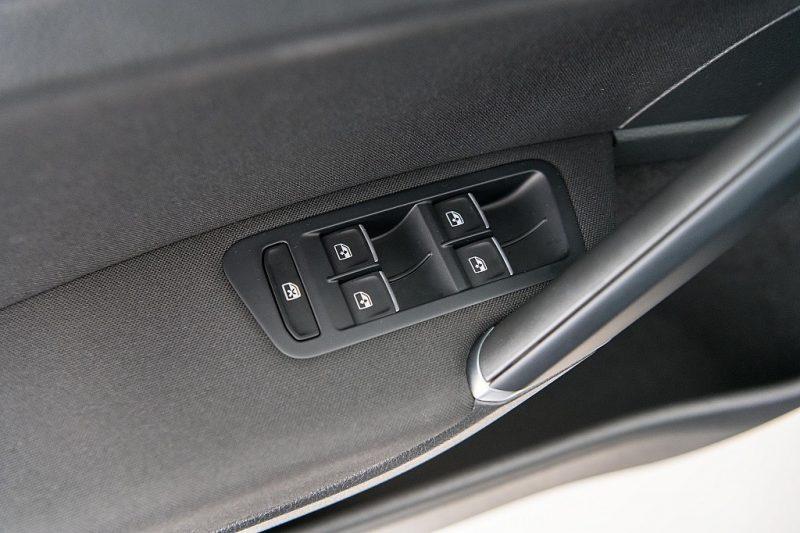 1138094_1406432608853_slide bei Autohaus Hösch GmbH in