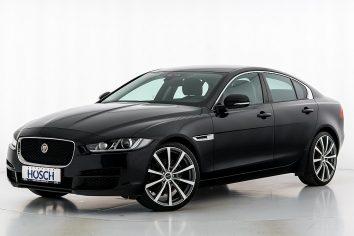 Jaguar XE 20d Pure Aut. LP: 44.396.-€ bei Autohaus Hösch GmbH in