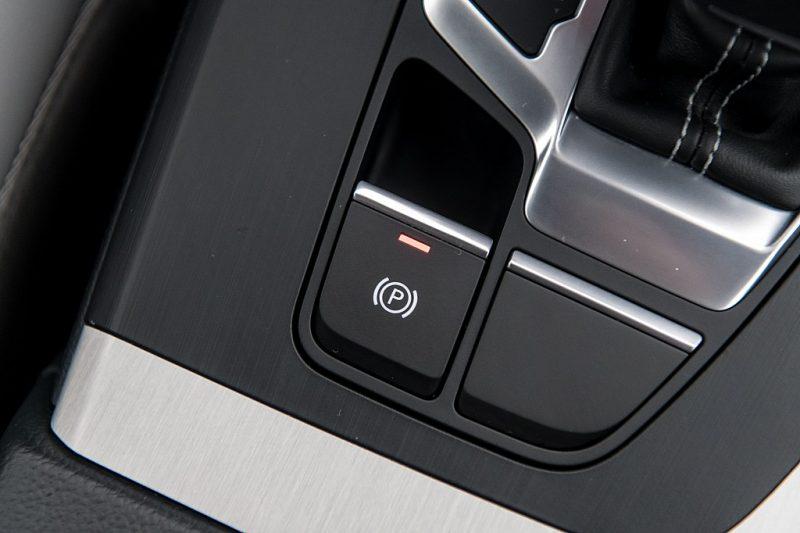 1379122_1406447103369_slide bei Autohaus Hösch GmbH in